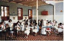 Imagen de pacientes en taller de punto